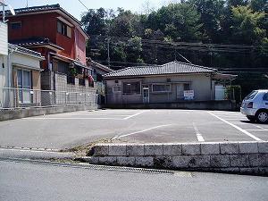 吉野滝の神駐車場|楠陽不動産